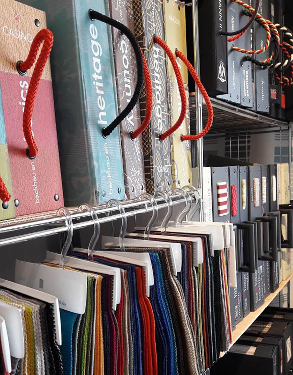 Stoffe und Leder Auswahl - Raumausstattung Wallner