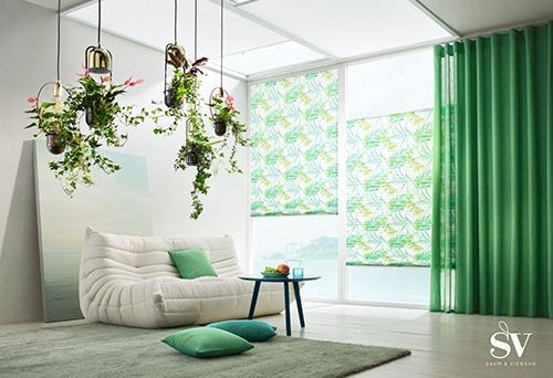 Sonnenschutz Jalousie grün - Raumausstattung Wallner
