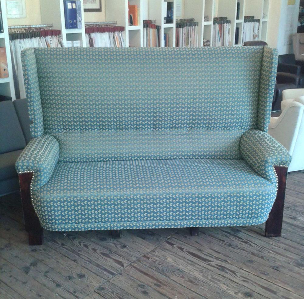 Restaurierung Sofa blau - Raumausstattung Wallner